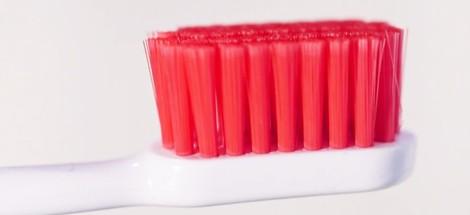 RECENZIA: zubná kefka parodontax Gentle Clean