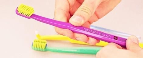 Ako vybrať správnu zubnú kefku? + VIDEO