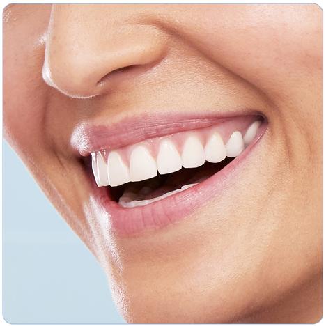 Braun Oral-B PRO 690 CrossAction 1+1 telo zubná kefka