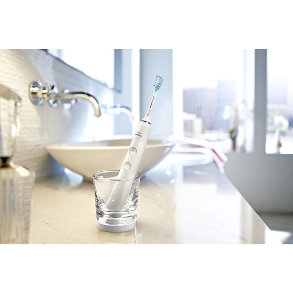 Philips Sonicare DiamondClean HX8494/01 sonická kefka + ústna sprcha